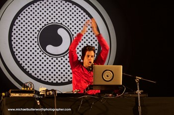 Mark Ronson - The Big Feastival 2016
