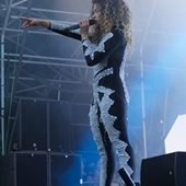 Ella Eyre on the Main Stage at The Big Feastival