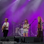 Taylor Hudson, with Gabriella Aplin, Hanna Grace on the Main Stage at The Big Feastival