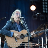 Dougie MacLean at Fairports Cropredy Convention